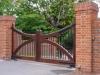 thumbs 10 Mediniai kiemo vartai – medžio masyvo kiemo vartai