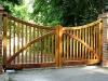 thumbs 11 Mediniai kiemo vartai – medžio masyvo kiemo vartai