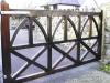 thumbs 21 Mediniai kiemo vartai – medžio masyvo kiemo vartai