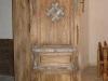 thumbs 1 Medinės durys su metalo ornamentais